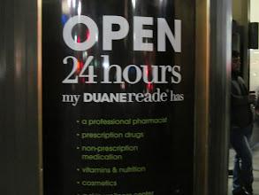 Photo: Duane Reade es muy práctica ya que está abierta las 24 horas y encuentras locales a lo largo y ancho de toda la ciudad