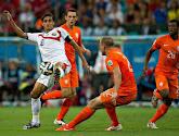 Bryan Ruiz devra rester à Fulham