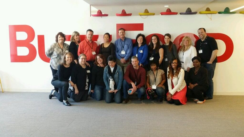 VZWBuzz NorthEast Team at Buzzfeed image by Monica Villa TheOnlineMom.jpg