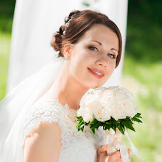 Wedding photographer Olesya Timoshenko (Belvedere). Photo of 14.10.2015