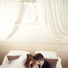 Wedding photographer Oksana Kosarevich (OkKos). Photo of 26.12.2013