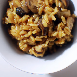 Pressure Cooker Mushroom Risotto (vegan!).