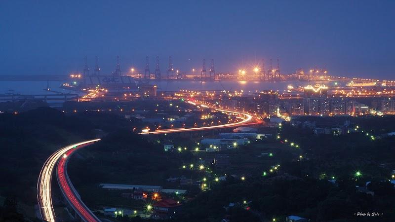 新北 八里 台北港 布萊迪咖啡 夜景 攝