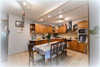 appartement à Montreal-la-cluse (01)