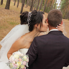 Wedding photographer Elena Osipenko (HelenaOEC). Photo of 18.01.2018