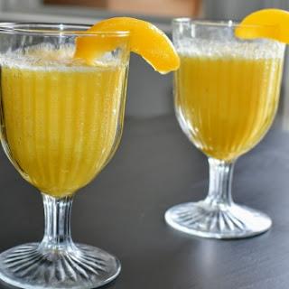 Peach Bellini Mocktail.