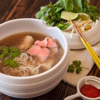 Vietnamese Pho Pressure Cooker (Noodle Soup).