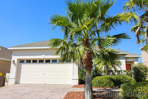 Orlando villa near Disney, golfing community, private pool and spa, conservation view, games room