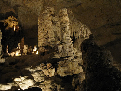 Natural Bridge Caverns formations