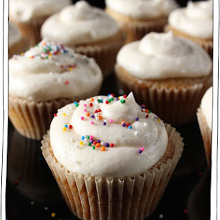 The Best Vegan Vanilla Cupcakes Recipe