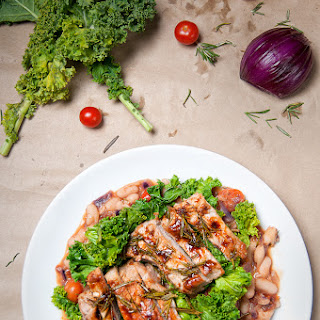 Rosemary lamb with Italian cannellini beans & kale crisps