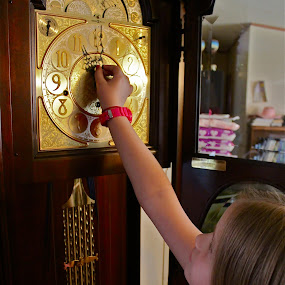 Changing Time by Crystal Gibson - Babies & Children Children Candids ( pwcclocks )