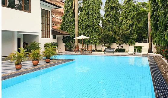 pool of Galeria Court Condominium apartemen rasuna said
