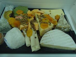 Photo: Plateau de fromages affinés en dégustation