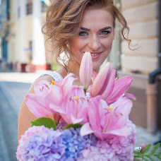 Wedding photographer Vitaliy Oleynik (VitaLis). Photo of 02.10.2015