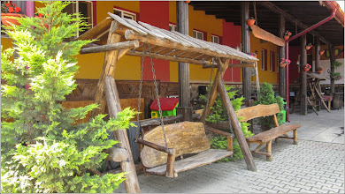 Photo: Str. 22 Decembrie 1989, Nr.19, Biți - Crama, Restaurant, Pensiune, element decorativ - 2019.06.22 - în Turda.