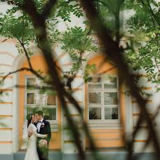 Wedding photographer Oksana Kuchmenko (milooka). Photo of 11.12.2016