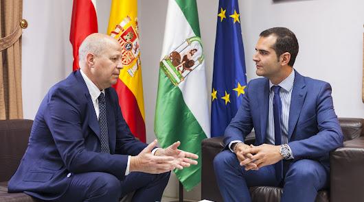 """Fernández-Pacheco: """"Es una gran noticia para Almería"""""""