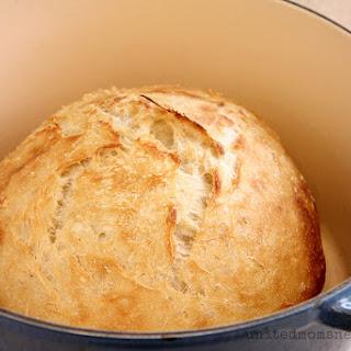 Simple, Delicious No-Knead Artisan Bread.