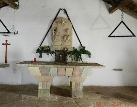 Photo: Au sommet fut édifiée cette chapelle en 1692, « ermita de Mendaur »