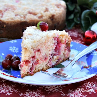 Christmas Cranberry Crumble Cake