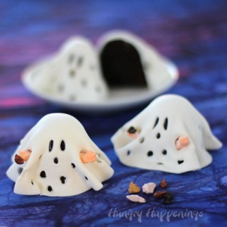 A fun Halloween Treat - Charlie Brown Ghost Brownies