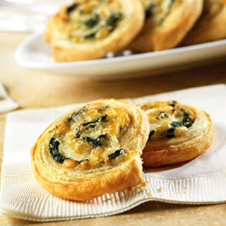 Spinach-Cheese Swirls