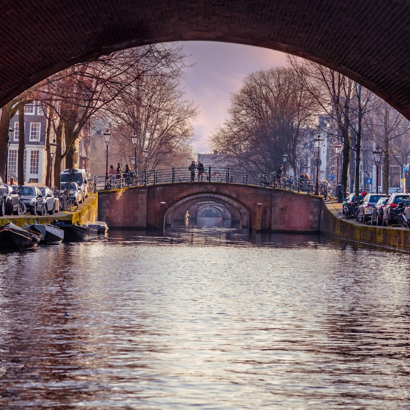 amsterdam canal day