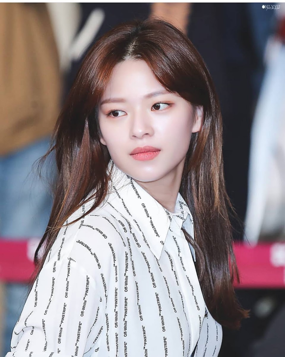 Jeongyeon 7