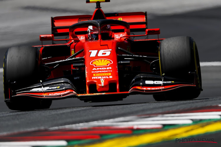 Actie genoeg op Spielberg: wagens wiel aan wiel, crashes voor Verstappen en Bottas, toptijd voor Ferrari