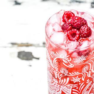 Raspberry and Brown Sugar Bourbon Fizz Recipe
