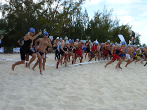 Photo: Mauritius 6-14 novembre 2011 Partenza dell'Ocean Indian Triathlon