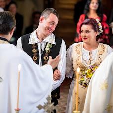 Wedding photographer Claudiu Murarasu (reflectstudio). Photo of 30.11.2016