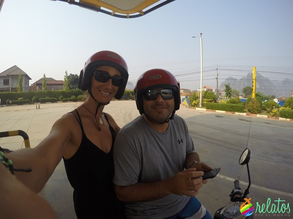 Scooter en Vang Vieng