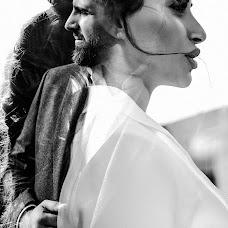 Wedding photographer Anna Kozdurova (Chertopoloh). Photo of 25.06.2019