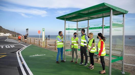 Destrozan la nueva parada de autobús de La Fabriquilla en menos de 48 horas