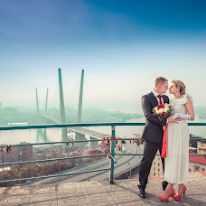 Wedding photographer Artem Zhukov (Zhukoof). Photo of 30.12.2014