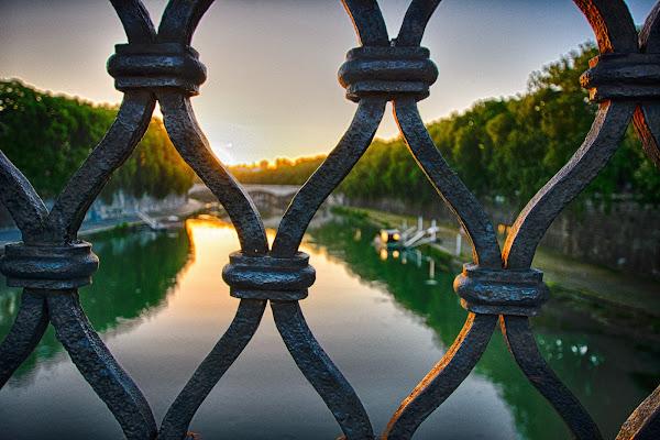 il Tevere da ponte Sant'Angelo (Roma) di DanteS