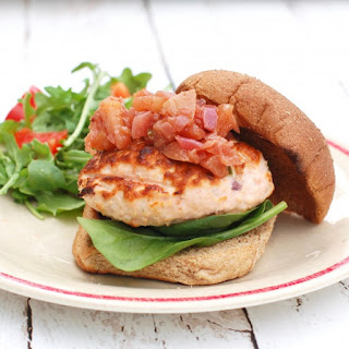 Grilled Fresh Salmon Burgers {Recipe}