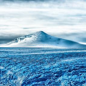 SVARTISEN by Kent Grundstad - Landscapes Mountains & Hills
