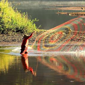 fishnet rainbow by Dedi Sukardi - People Professional People ( sukabumi, fishnet, jawa barat, lake, situ gunung, net, people )