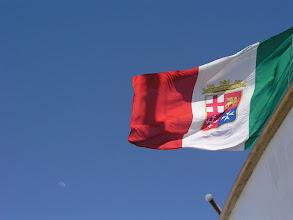 Photo: e la bandiera della Marina italiana del Palinuro