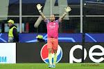 ? Alles en iedereen bij Manchester City lacht met 'doelman' Walker