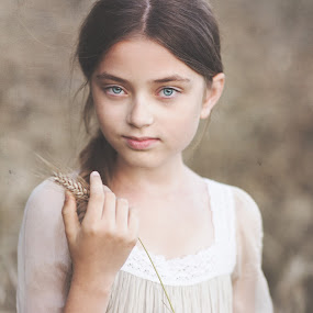 Julia by Danuta Czapka - Babies & Children Child Portraits ( natural light, location, summer, photography, portrait,  )