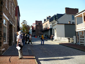 Photo: High Street contains restaurants and shops as well as an historic inn.