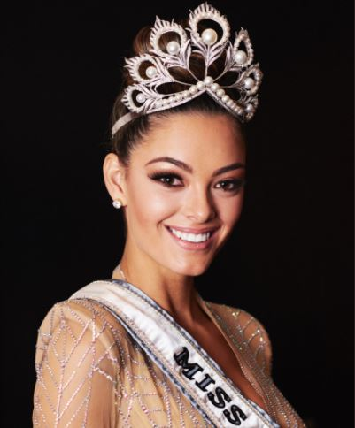 Demi-Leigh Nel-Peters crowned Miss Universe.