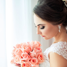 Wedding photographer Yuliya Sveshnikova (Juls93). Photo of 23.10.2016