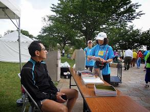 Photo: 会場の東大島、スタッフが準備を開始。 ハッピー&えっちゃん。
