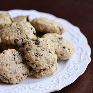 Oil-free Vegan Oatmeal Raisin Cookies