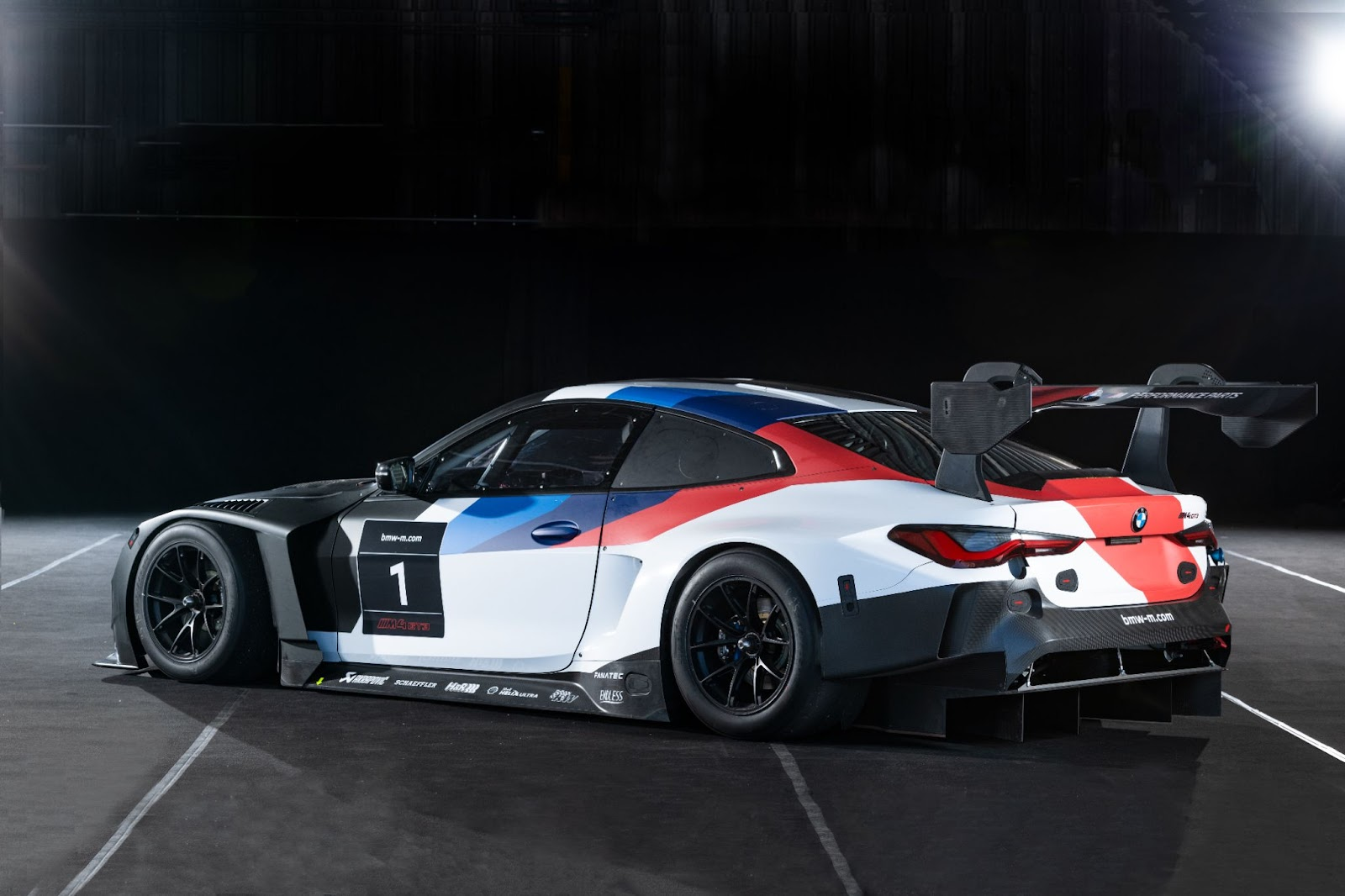 Even Kitted Out For GT3 Racing, The New BMW M4 Is Unforgivably Ugly